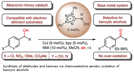 Synthesis of aldehydes and ketones via chemoselective aerobic oxidation of benzylic alcohols