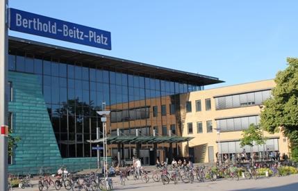 berthold betz platz in greifswald foto a lebsa - Uni Greifswald Bewerbung